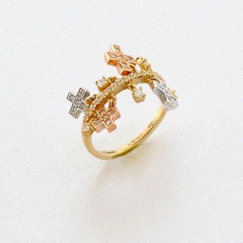 Δαχτυλίδι με Κρεμαστά Σταυρουδάκια σε Τρίχρωμο Χρυσό με Ζιργκόν Signity